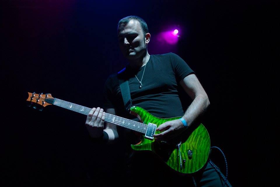 Paulo Live 11